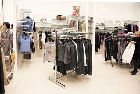 Ladeneinrichtungen